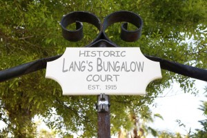 Lang's Bungalow Court