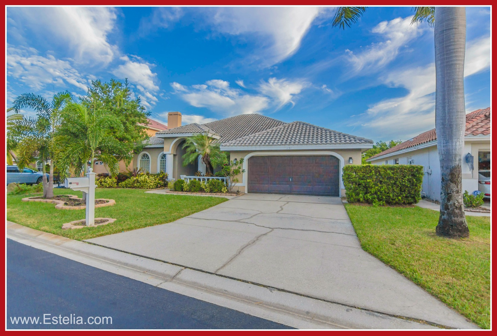 Waterfront Homes for Sale in St. Petersburg FL